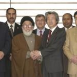 في اليابان-نيسان 2004.