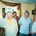 جمع من الأصدقاء-صيف عام 2001